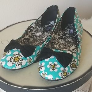 Iron Fist Flat Shoes